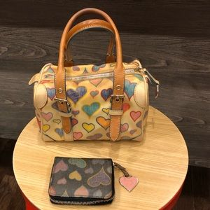 Dooney&Bourke crayon hearts mini bag /wallet set